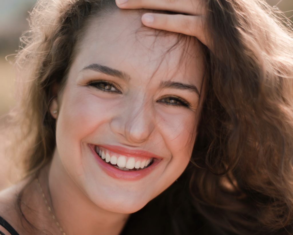 beautiful-beauty-casual-healthy gums
